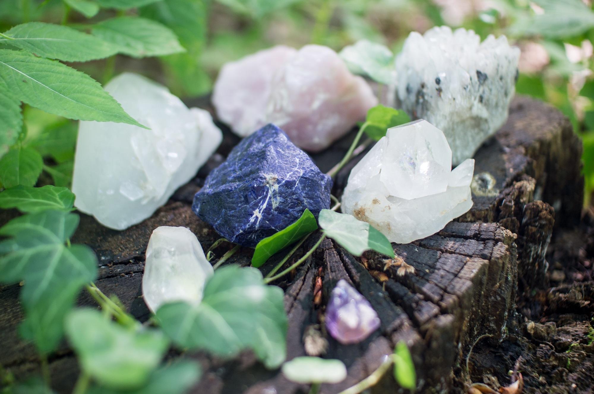crystals-1567953